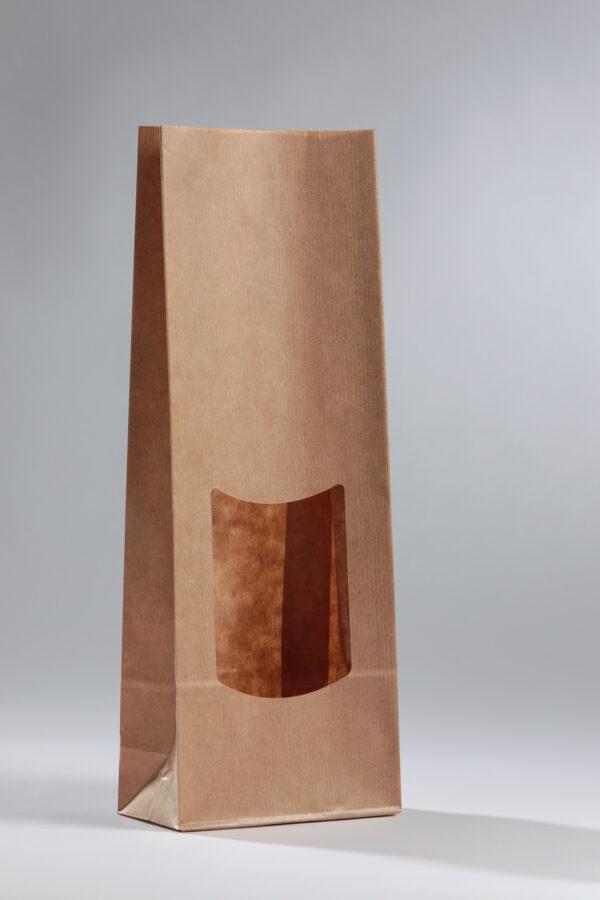 bruine papieren vensterzakjes